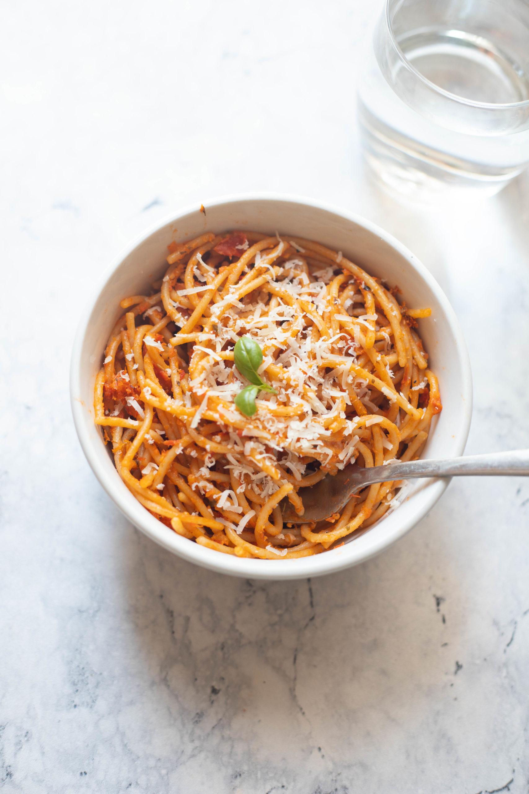 Roasted garlic tomato pasta recipe