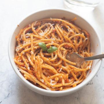 Low Roasted garlic tomato pasta-5