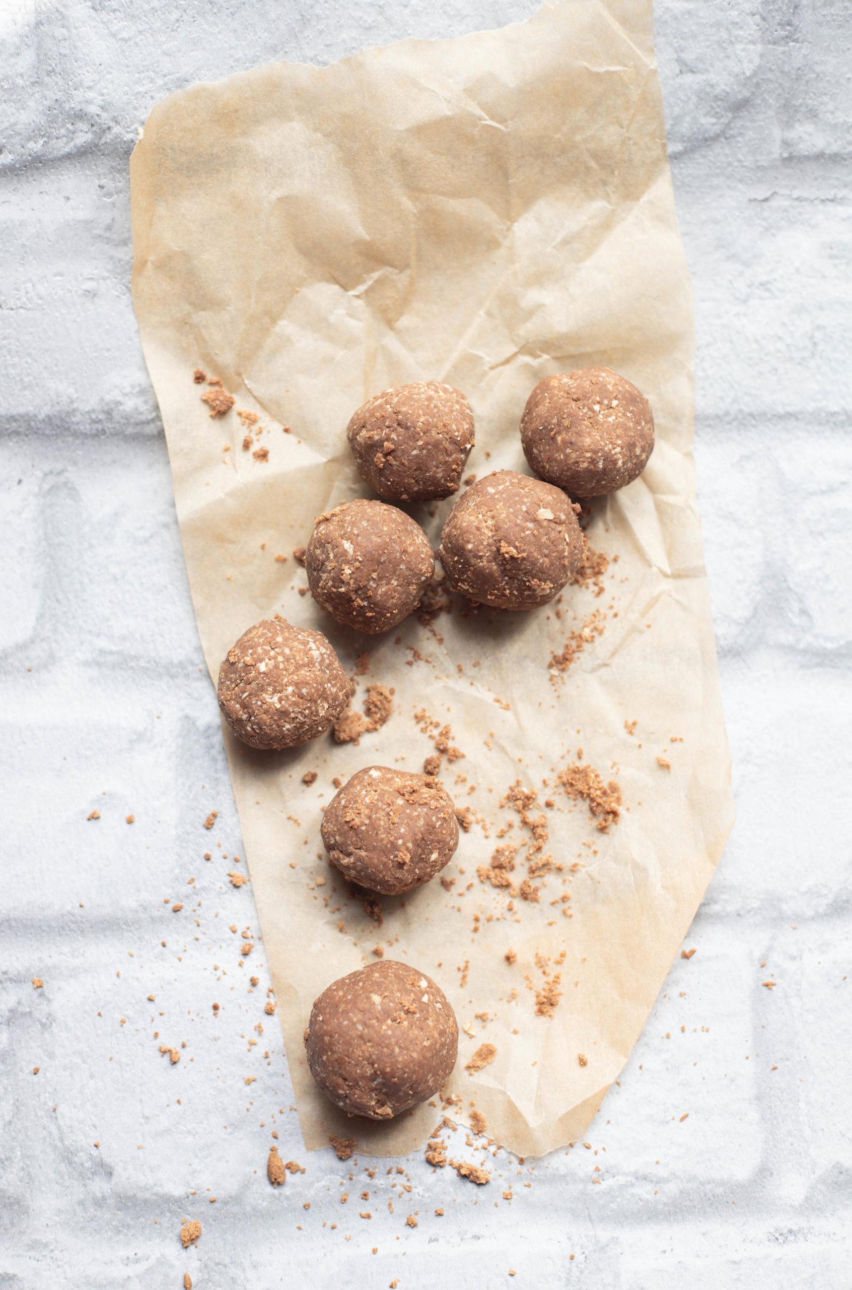 Peanute Butter Protein Balls-3