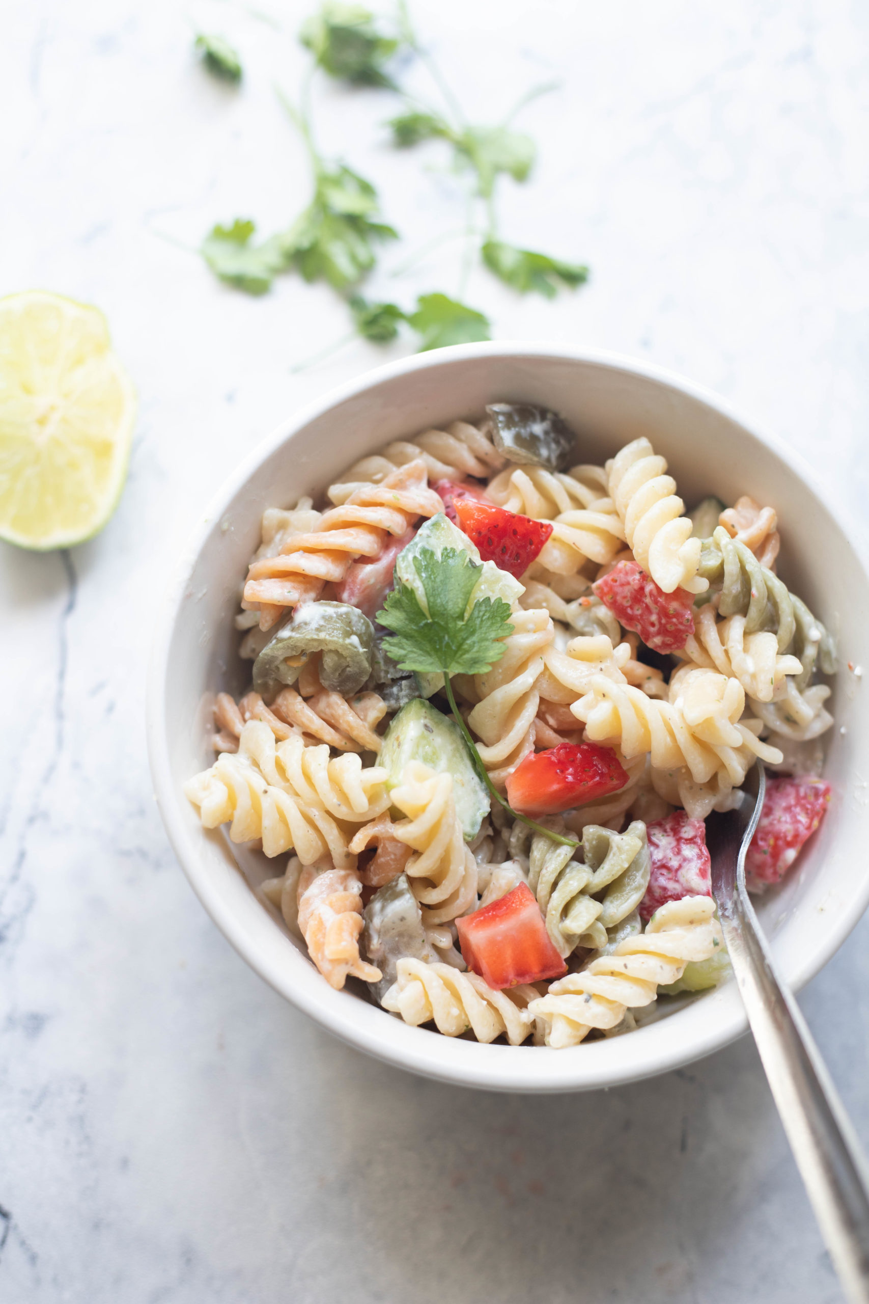 bowl of low fat pasta salad