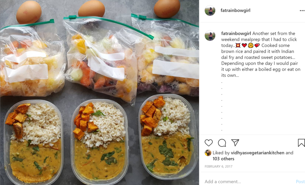 meal prep for weight loss, 3 boxes of rice and curry, 3 boiled eggs, 3 smoothie bags